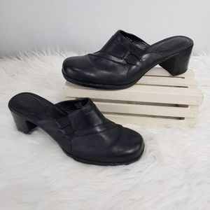 Clarks Black Leather Chunky Heel Mules